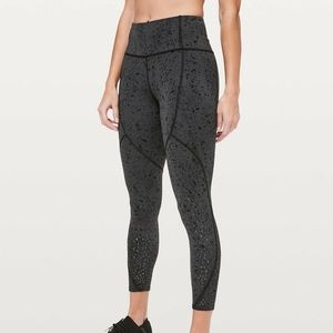 """LULULEMON TO THE BEAT TIGHT 24"""" REFLECTIVE X SC"""